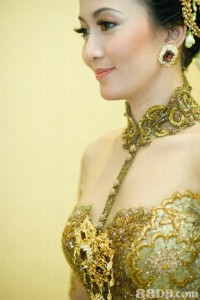 Tips Memilih Kebaya yang Tepat