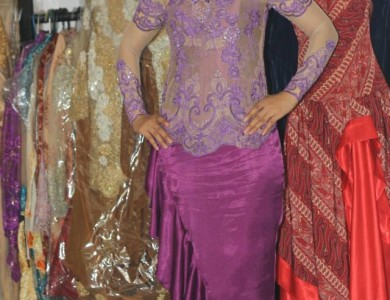 Kebaya Pesta Windy di Lubang Buaya